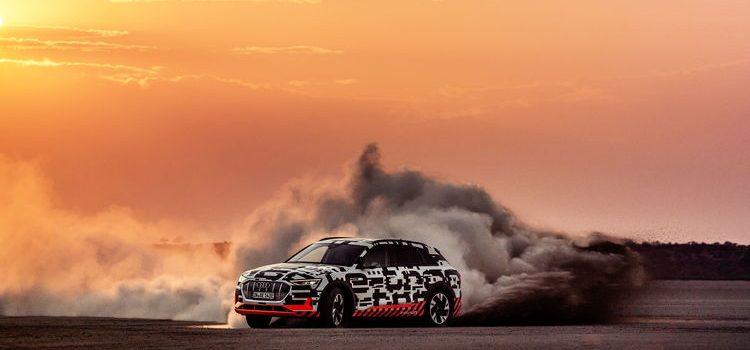 Ein Audi e-tron-Prototyp zeigt elektrisierende Dynamik